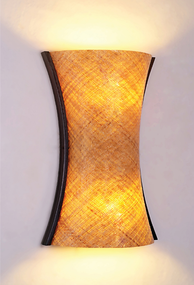 Piment Rouge Lighting Bali - Medium Anyaman Sconce