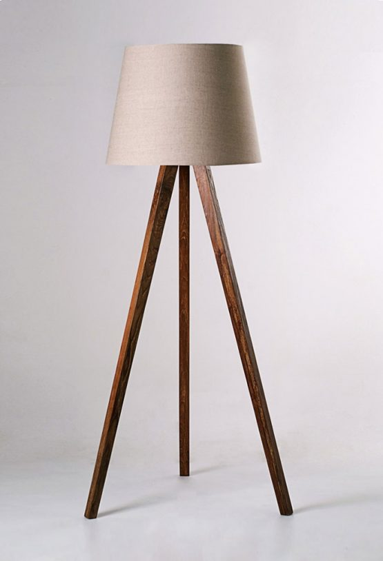 Piment Rouge Lighting Manufacturer Bali - Standing Tripod Lamp with New Lampshade