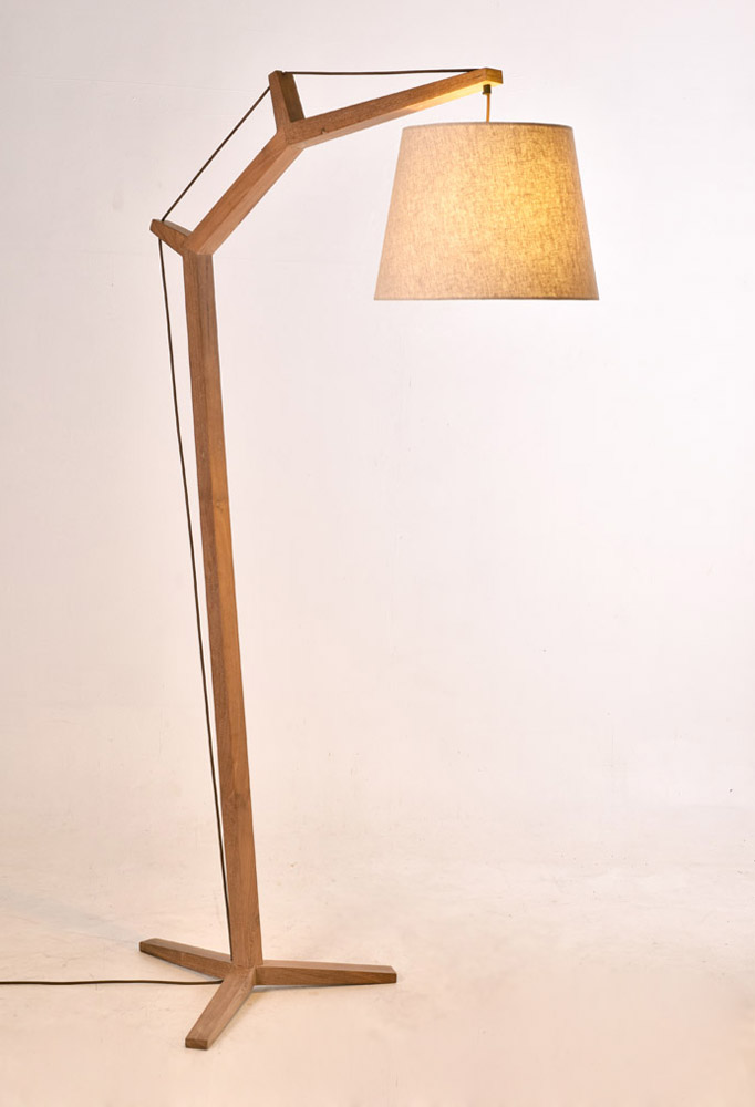 Piment Rouge Lighting Bali - Deena Standing Lamp in Natural Finish