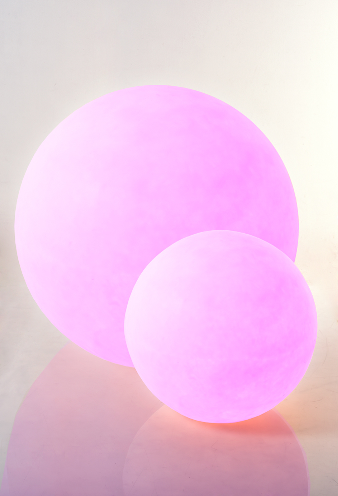 Piment Rouge Lighting Bali - Resin Balls in Pink Glow