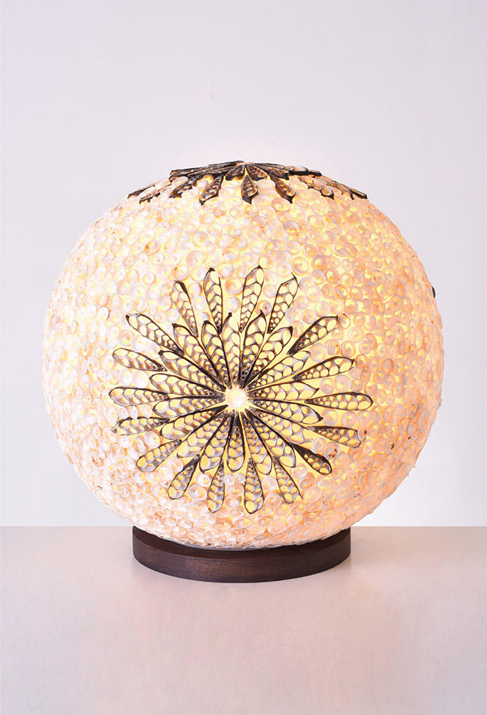 Piment Rouge Lighting Bali - Mini Shell Flower Ball Lamp